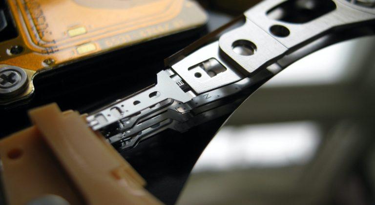 stephen-holdaway-UEmCS5znVlU-unsplash